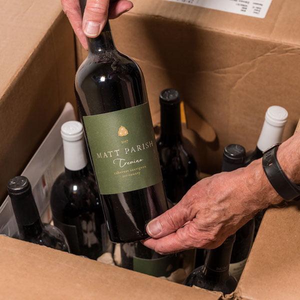 Forfait 10 € ou port offert: votre vin à portée de clic